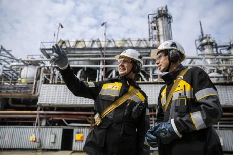 В «Роснефть Смазочные материалы»  подтвердили соответствие системы менеджмента качества международным стандартам